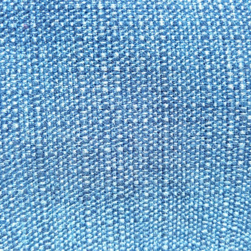 Chenilla azul, un básico perfecto